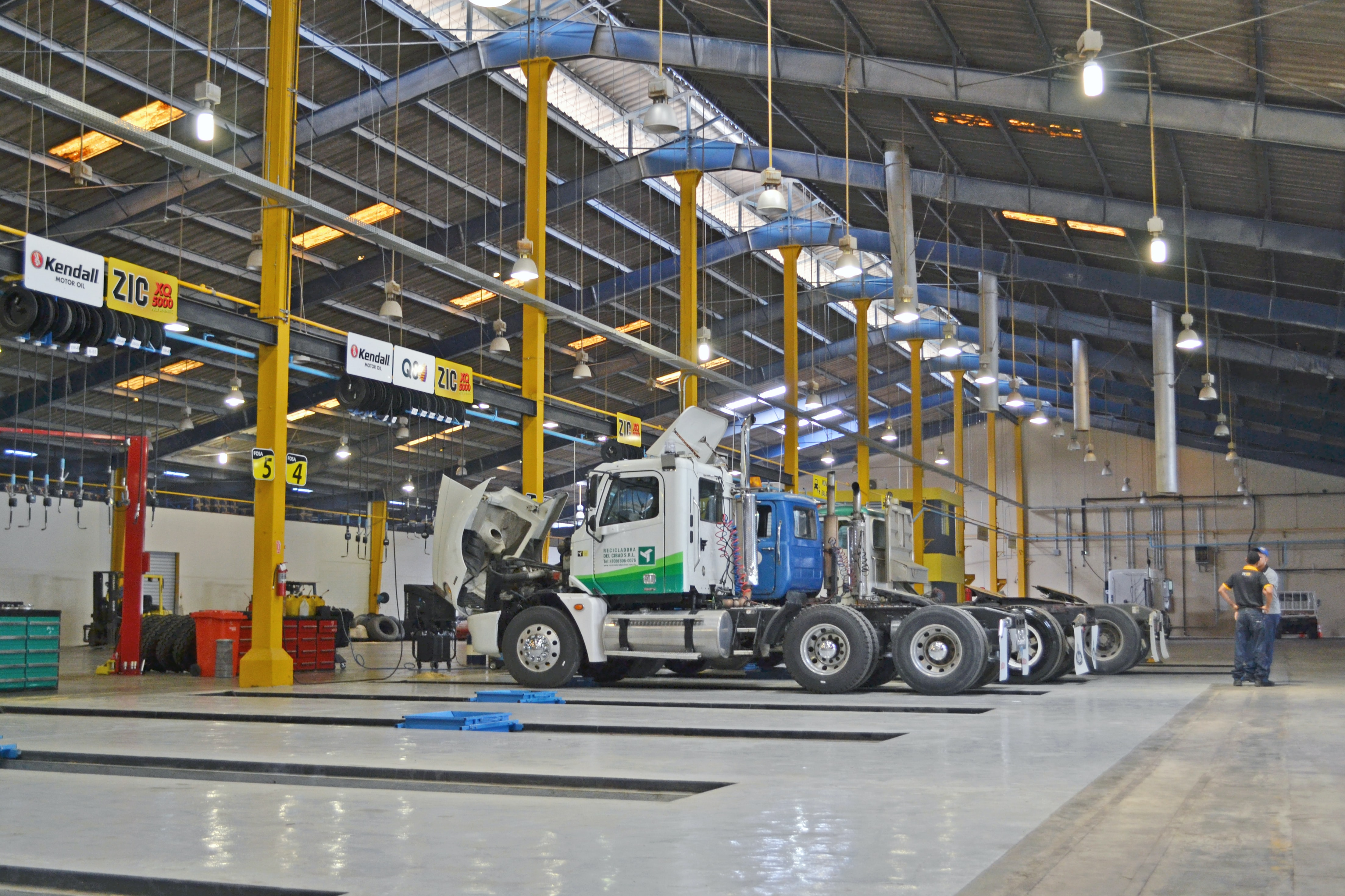 vehicle tracking assembly line