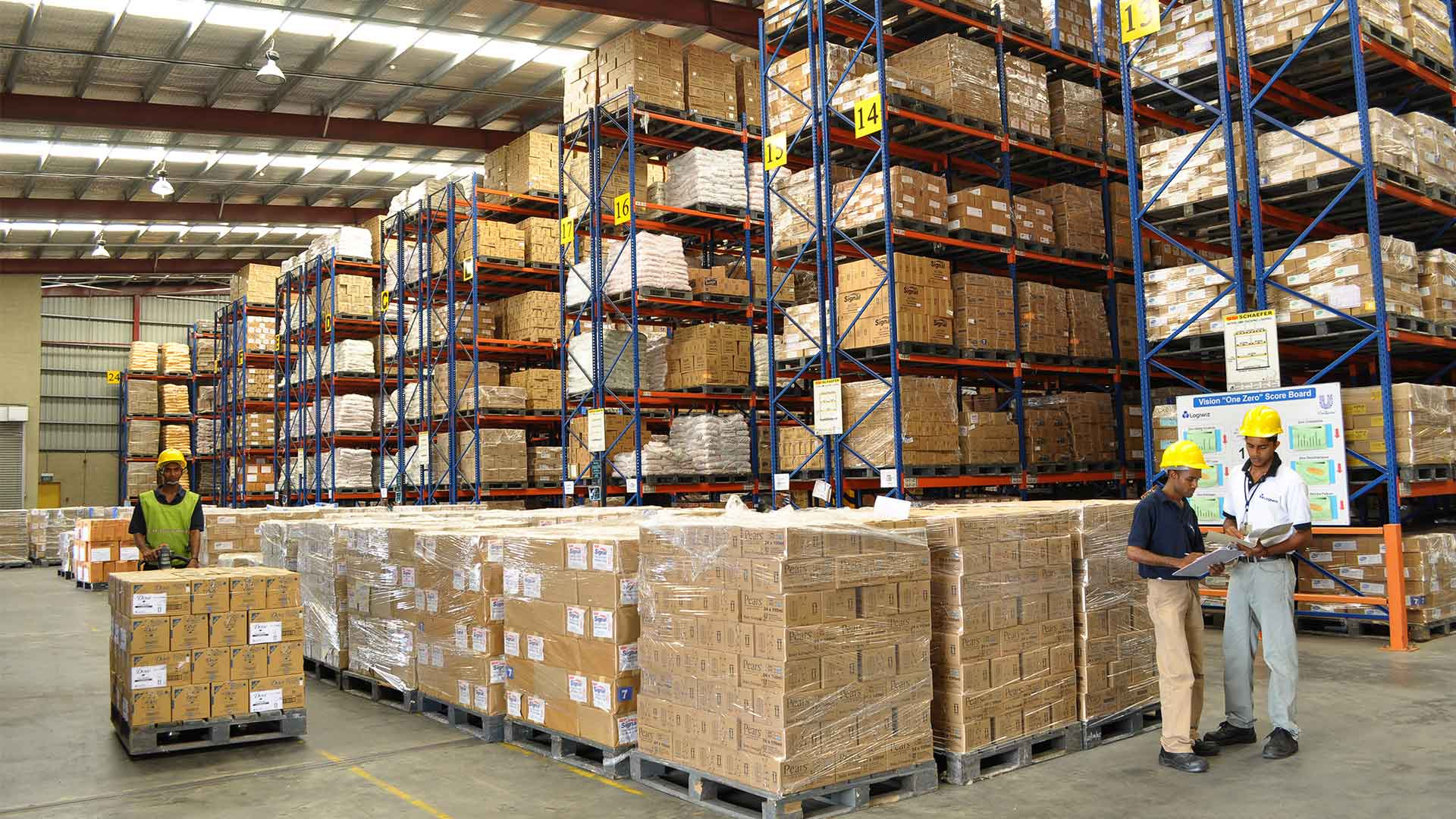 iot asset tracking logistics warehouses